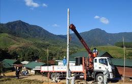 1.200 hộ dân khó khăn ở Kon Tum được cấp điện