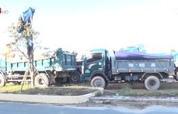 Quảng Ngãi: Bắt đối tượng khai thác cát trái phép trên sông Trà Khúc
