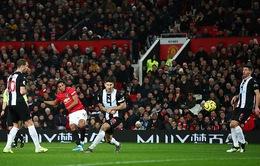 Man Utd trả giá đắt sau chiến thắng tưng bừng dịp Boxing Day