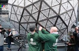 New York (Mỹ) chuẩn bị quả cầu pha lê cho lễ hội đếm ngược bước sang năm mới