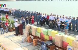 Bộ Tư lệnh Vùng II tặng quà Tết cho cán bộ chiến sỹ Nhà giàn DK1