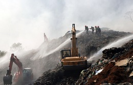 Đà Lạt huy động lực lượng xử lý cháy bãi rác Cam Ly