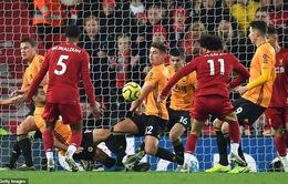 Liverpool 1-0 Wolves: Khi không hay thì lại có VAR!