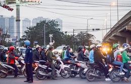 Tổ chức phân luồng giao thông qua cầu Mai Động để thi công đường Vành đai 2