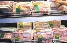 Giá thịt gà ở Hà Nội tăng theo giá thịt lợn