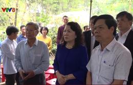Bộ Giáo dục & Đào tạo thăm viếng và hỗ trợ cho gia đình học sinh tử nạn vụ đuối nước