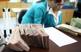 Ngân hàng giảm lãi suất huy động VND