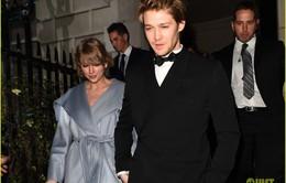 Taylor Swift bất ngờ xuất hiện cùng bạn trai tại lễ trao giải BAFTA 2019