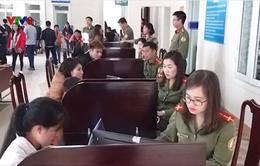 Sau Tết, người dân Hà Tĩnh đổ xô đi làm hộ chiếu