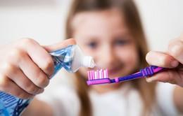 Trẻ em Mỹ sử dụng nhiều kem đánh răng hơn khuyến nghị