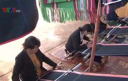 Sôi động làng nghề dệt thổ cẩm ở Tây Nguyên