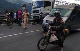 Lâm Đồng: Tông trực diện xe tải trên đèo Bảo Lộc, 1 phượt thủ nguy kịch