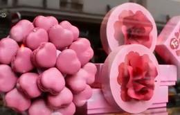 Không khí sôi động chuẩn bị ngày lễ Tình yêu Valentine
