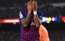 Chân ướt chân ráo tới Barca, người mới đã phải nhận tin cực buồn vì...