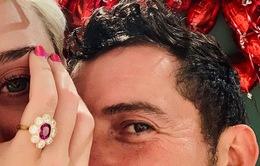Katy Perry và Orlando Bloom đính hôn