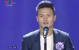 Cúp Chiến thắng 2018: Tiền vệ Quang Hải giành giải thưởng Nam VĐV của năm