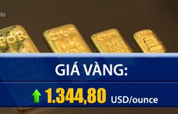 Giá vàng thế giới áp sát mốc cao nhất 10 tháng