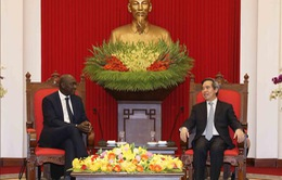 Xây dựng kết cấu hạ tầng đồng bộ là một trong ba đột phá chiến lược của Việt Nam