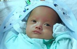 Hành trình nuôi sống trẻ sinh non 25 tuần tuổi nặng 800 gram