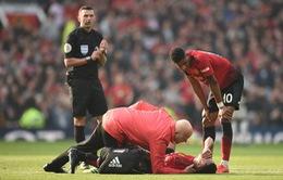 Bão chấn thương ập đến, Man Utd rủ Liverpool tái lập kỷ lục Ngoại hạng Anh