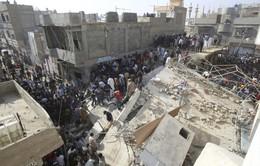 Tìm kiếm người mắc kẹt trong vụ sập nhà ở Pakistan