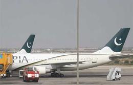 Pakistan đóng cửa không phận
