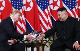 Giải mã ngôn ngữ cơ thể của Tổng thống Mỹ và Chủ tịch Triều Tiên