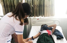Quảng Nam: 19 học sinh bị ngộ độc nghi do uống trà sữa
