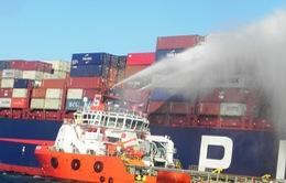 Cần 1 tuần để dập tắt đám cháy tàu chở container trên biển