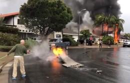 Máy bay lao xuống khu dân cư, gây hỏa hoạn lớn tại Mỹ
