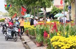 Cần Thơ: Người bán hoa xả hàng ngày 30 Tết