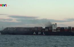 Tàu hàng quốc tế gặp hỏa hoạn trên vùng biển Phú Yên: Việc dập lửa mất thêm 1 tuần