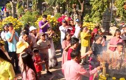 Dòng người đi lễ chùa đầu năm ở TP Nha Trang