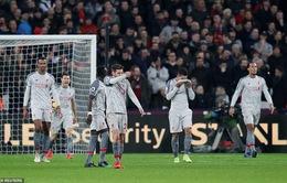 Liverpool chia điểm trên sân của West Ham