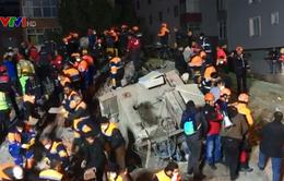 Sập chung cư ở Istanbul, ít nhất 2 người thiệt mạng
