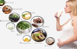 Những thức ăn mẹ bầu nên hạn chế?