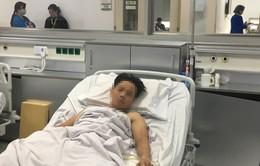 4 kíp bác sĩ thay phiên phẫu thuật cứu sống người đàn ông nguy kịch
