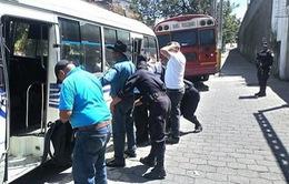 Interpol bắt giữ 560 tội phạm buôn bán vũ khí tại Mỹ Latin