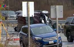 Xe đầu kéo mất phanh, đâm vào hàng loạt ô tô ở Mỹ