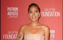 Lady Gaga phủ nhận tin đồn mang thai