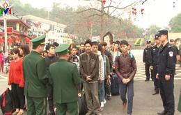 Tiếp nhận 49 người xuất cảnh trái phép sang Trung Quốc