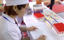 Bộ Y tế hỗ trợ tỉnh Bắc Ninh xét nghiệm, điều trị sán lợn