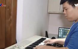 Chàng trai Việt và những hợp đồng nhạc điện tử thế giới