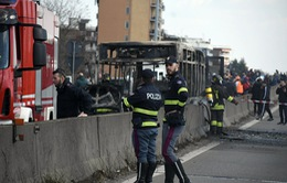 Giải cứu 51 học sinh bị bắt cóc ở Italy