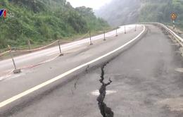Cao tốc Nội Bài - Lào Cai lún, nứt nghiêm trọng