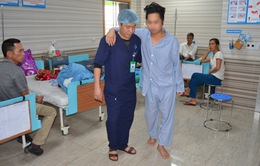Cứu nam thanh niên khỏi liệt chân nhờ vật lý trị liệu