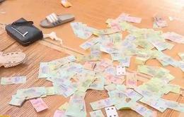 Bắt giữ ổ nhóm đánh bạc quy mô lớn ở Hưng Yên
