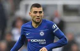 """Bất chấp lệnh cấm chuyển nhượng từ FIFA, Chelsea vẫn có """"hợp đồng mới"""""""