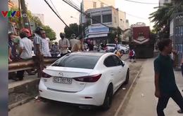 Đà Nẵng: Xử phạt ô tô đậu trên đường ray cản trở tàu hỏa