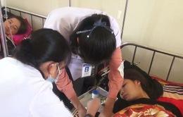 Hàng chục người bị ngộ độc ở Hà Tĩnh: Nghi ngờ nguyên nhân do gia vị dùng để tẩm ướp vịt quay